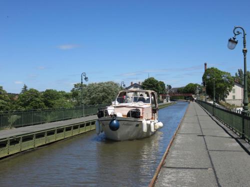 Salliance au Pont-Canal de Briare (traversée de la Loire)